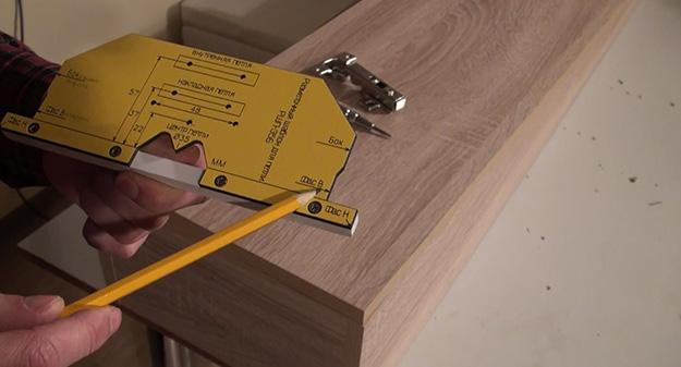 Мебельный шаблон ARVANT РШП-35Б для разметки и установки петель